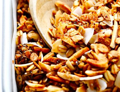 The-Best-Healthy-Granola-Recipe-4-1